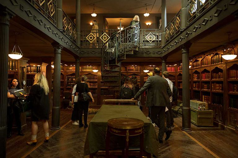 biblioteca-la-casa-de-papel--Grupo Aranda