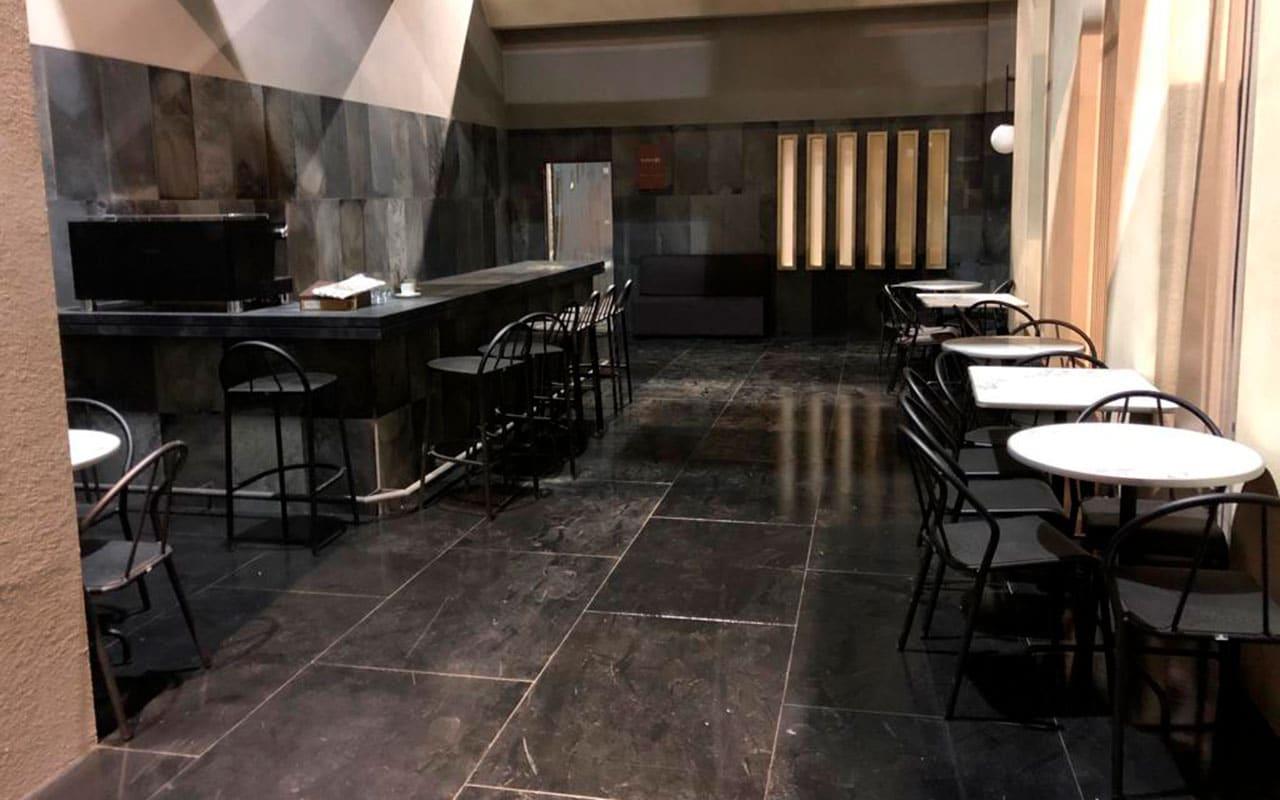 Cafetería serie Caronte
